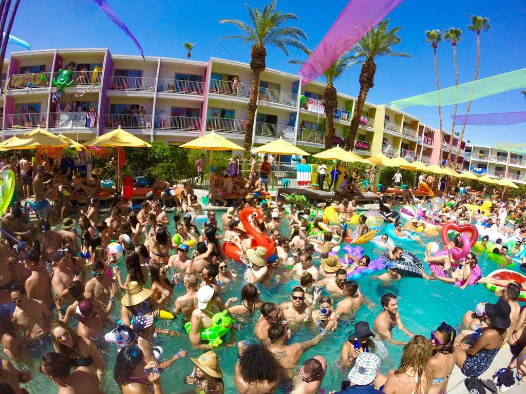 Overview of Pool Party at Splash House 2016 Music Festival in Saguaro