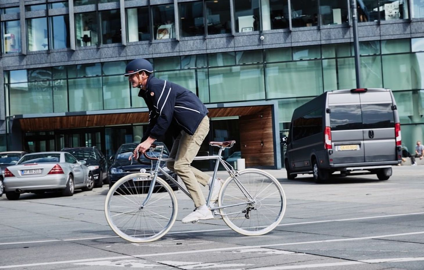 BIKE ETIQUETTE: WHAT YOU NEED TO KNOW ABOUT BIKE LANES