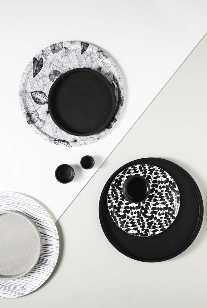 Large Concrete Round Tray- Black