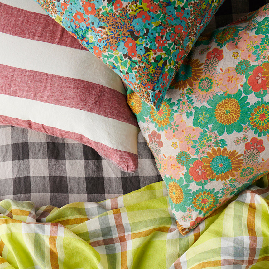 Wanda Floral Pillowcase Set