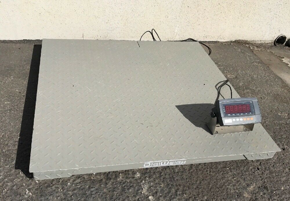 "Digiweigh Floor scale 48""x48"" Standard 4' x 4' size. 5500lbs weighing capacity"