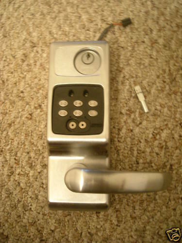 Schlage Locknetics CM 5196 Computer Cylindrical Lock Left or Right Handle Lever