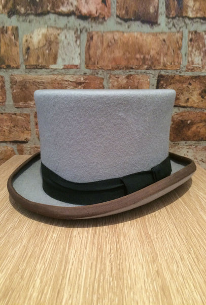 Grey top hat