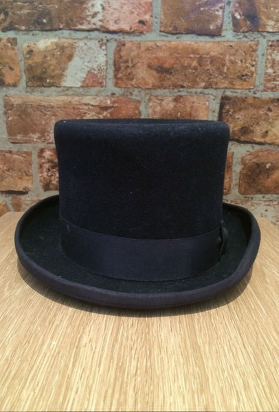 Navy top hat