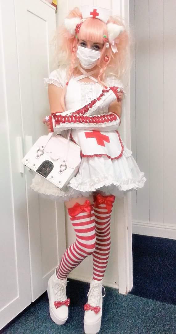 deadly nurse outfit idea costume doctor beserk halloween