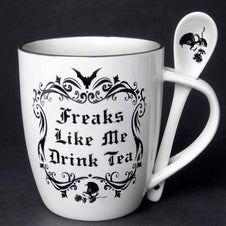 Freaks Like Me Drink Tea | MUG AND SPOON SET