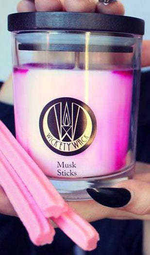 Musk Sticks | CANDLE [MEDIUM]