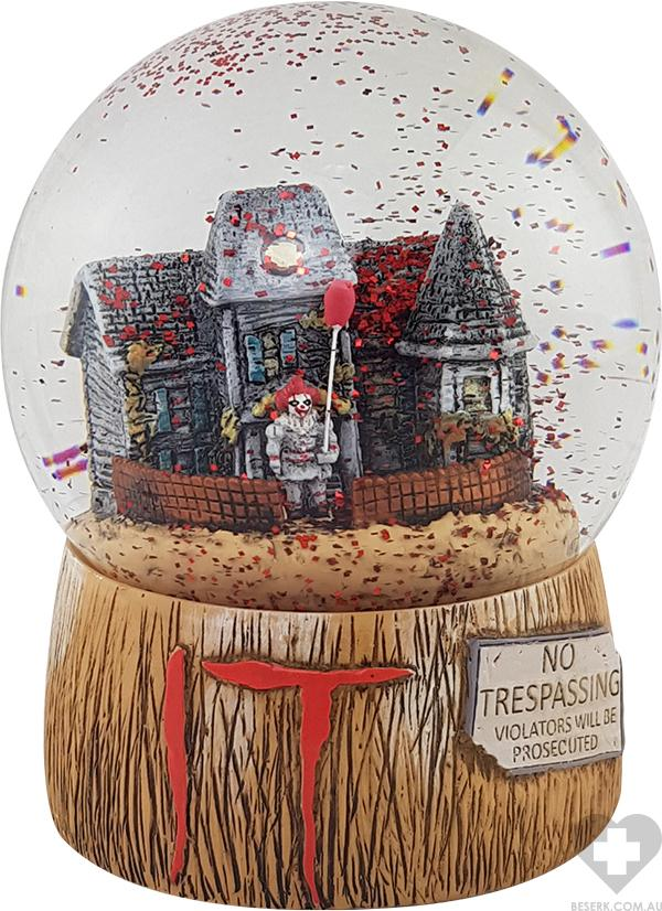 It 2017 | Pennywise With Balloon SNOWGLOBE