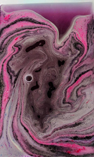 Ink Blot Milky Way Horn | BATH BOMB