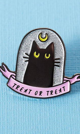 Treat Or Treat Black Cat | ENAMEL PIN
