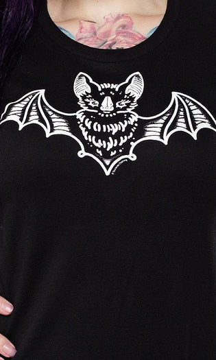 Creep Heart Bat | Tee