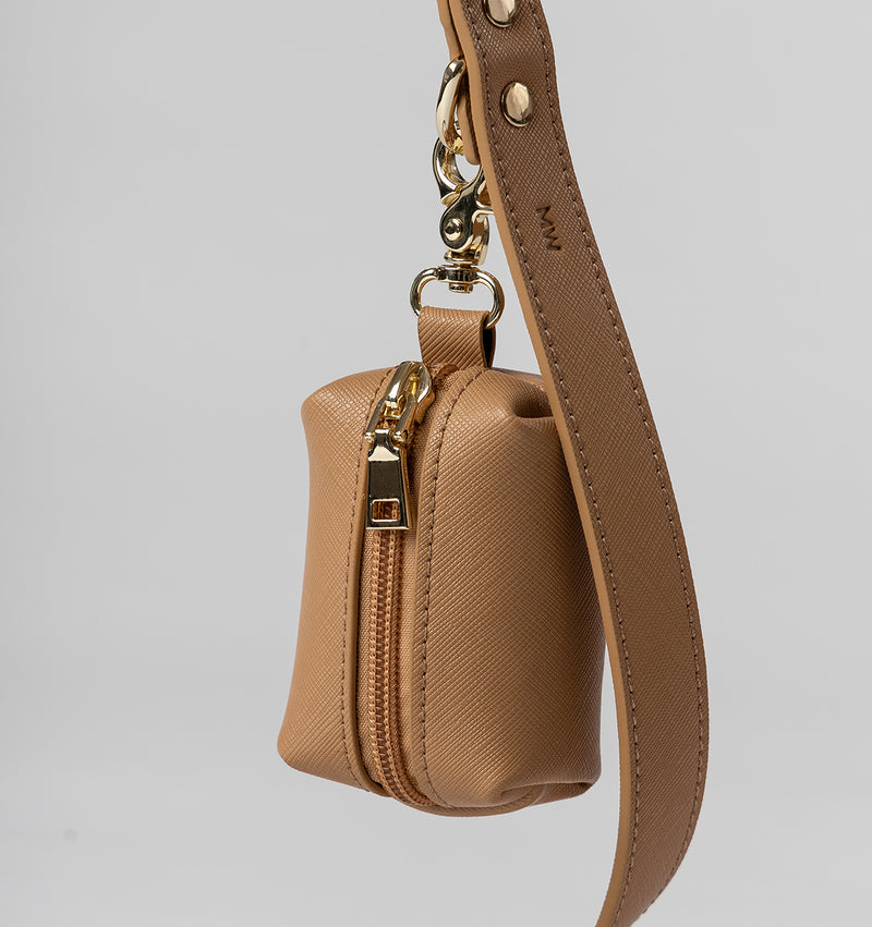 Classic Tan Leather Lead