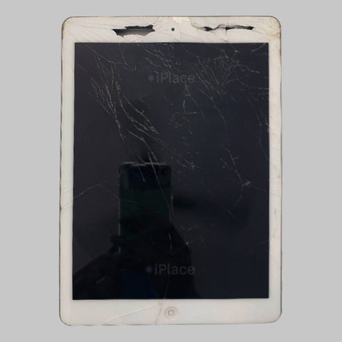 IPAD AIR CRACKED DISPLAY REPLACED WITH WARRANTY @ IPLACE COIMBATORE