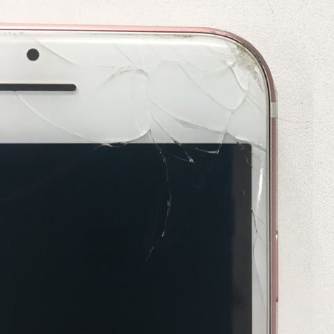 Display Glass Cracked In iPhone 7? We Can Fix It With Warranty