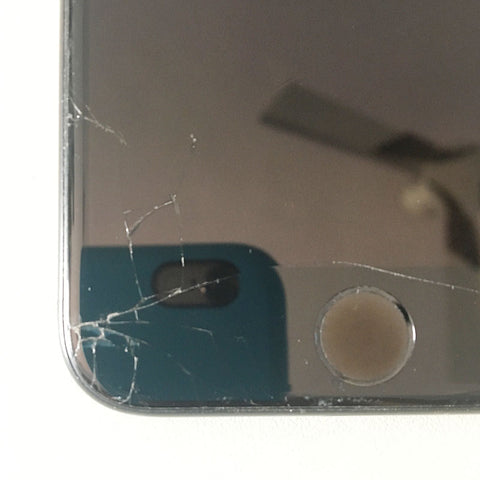iPhone 7 Display Cracked, Replaced new display with warranty