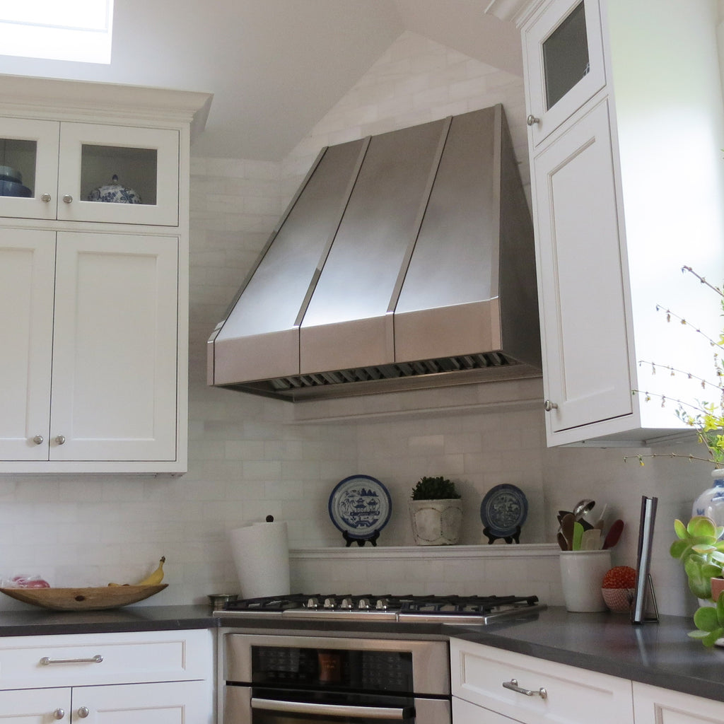 Custom Made Metal Range Hoods for Kitchen Wall and Island