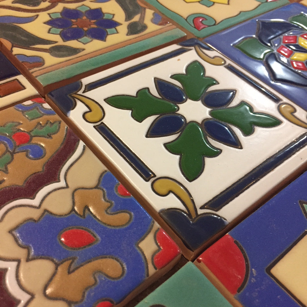 Decorating Kitchens with Relief Tiles