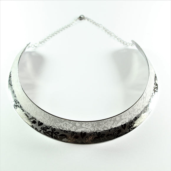 Stainless Steel Floral Collier