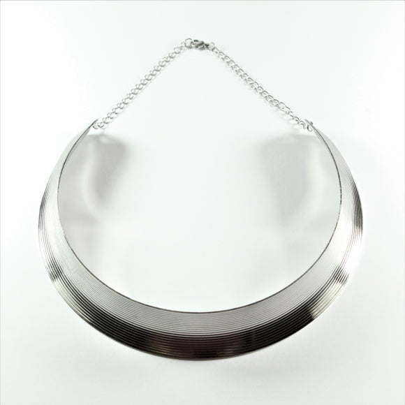 Stainless Steel Ridged Collier