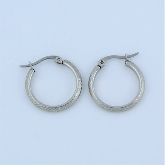 Stainless Steel 20mm Criss Cross Hoop Earrings