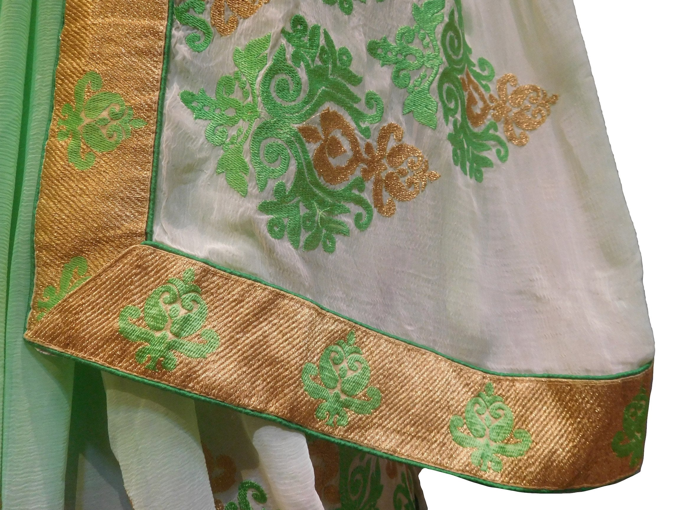 SMSAREE Green & Cream Designer Wedding Partywear Chiffon Thread & Zari Hand Embroidery Work Bridal Saree Sari With Blouse Piece F495