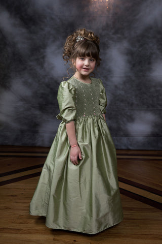 Flower Girls Silk Dress with Hand Smocking Size 5/6