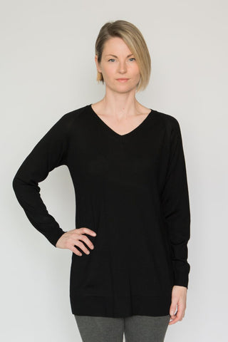 Echo Verde V-Neck Tunic Sweater