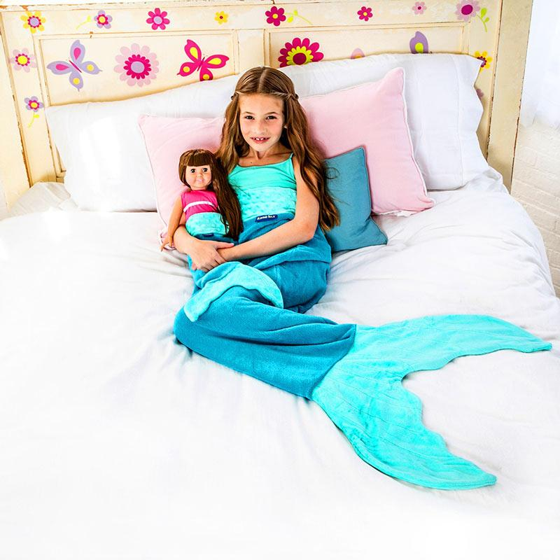 Girl in Blankie Tails Kids Aqua Mermaid Blanket with doll 67089fd77978