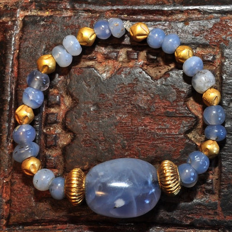 AS 111 Beautiful Bracelet of Ancient Blue Chalcedony & 18K Gold