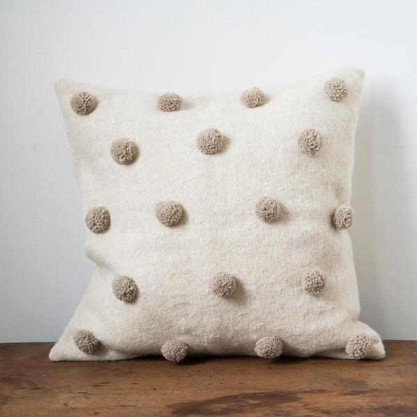 Pom-Pom Cushion Oatmeal