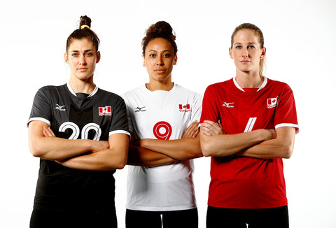 NEW! Women's Official Team Canada Jersey | NOUVEAU! Chandail officiel de l'équipe féminine