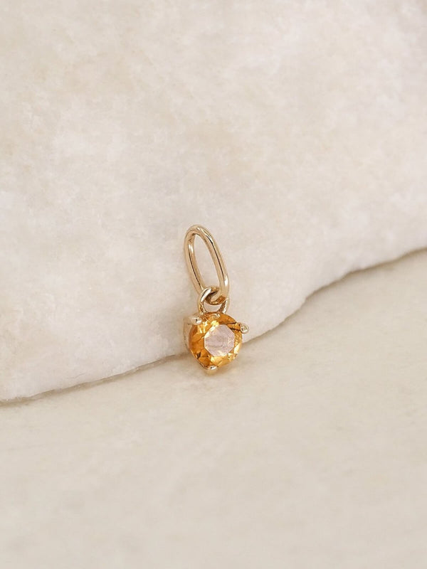 By Charlotte | 14K Gold November Birthstone Pendant | Perlu