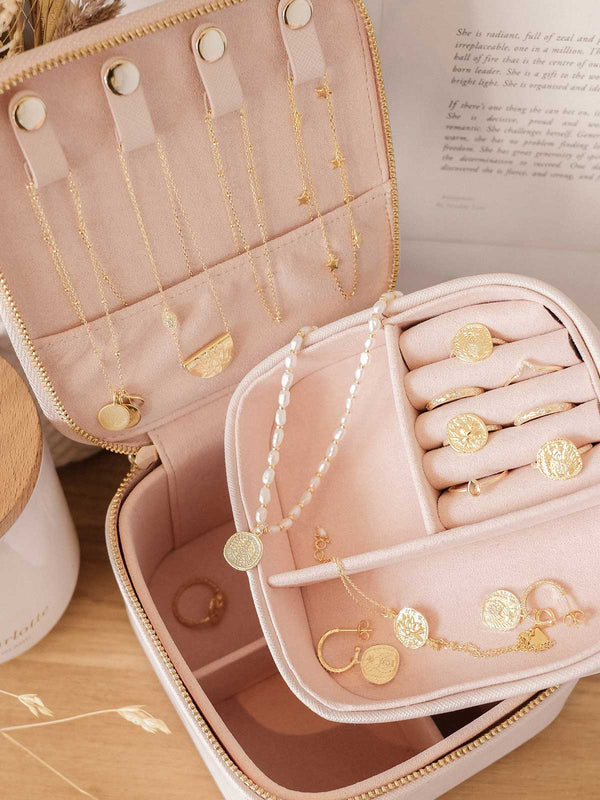 By Charlotte Blush Jewellery Case