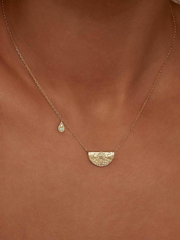 By Charlotte Protect Your Heart Necklace - Gold | Perlu