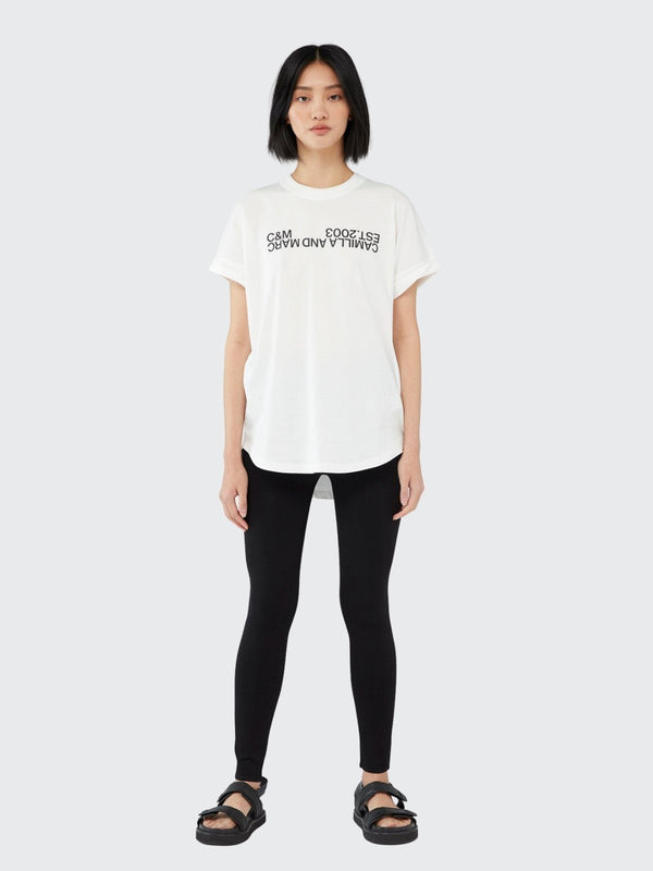 Camilla and Marc Huntington 2.0 Tee White | Perlu