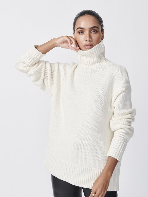 Ena Pelly Roll Neck Knit Snow | Perlu