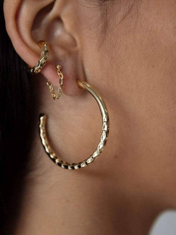 F+H Nailed It Hammered Hoops Large Brass 18K Gold | Perlu