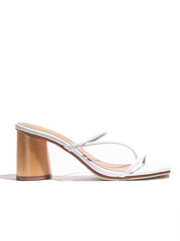 James Smith | Amore Mio Strappy Sandal - White | Perlu