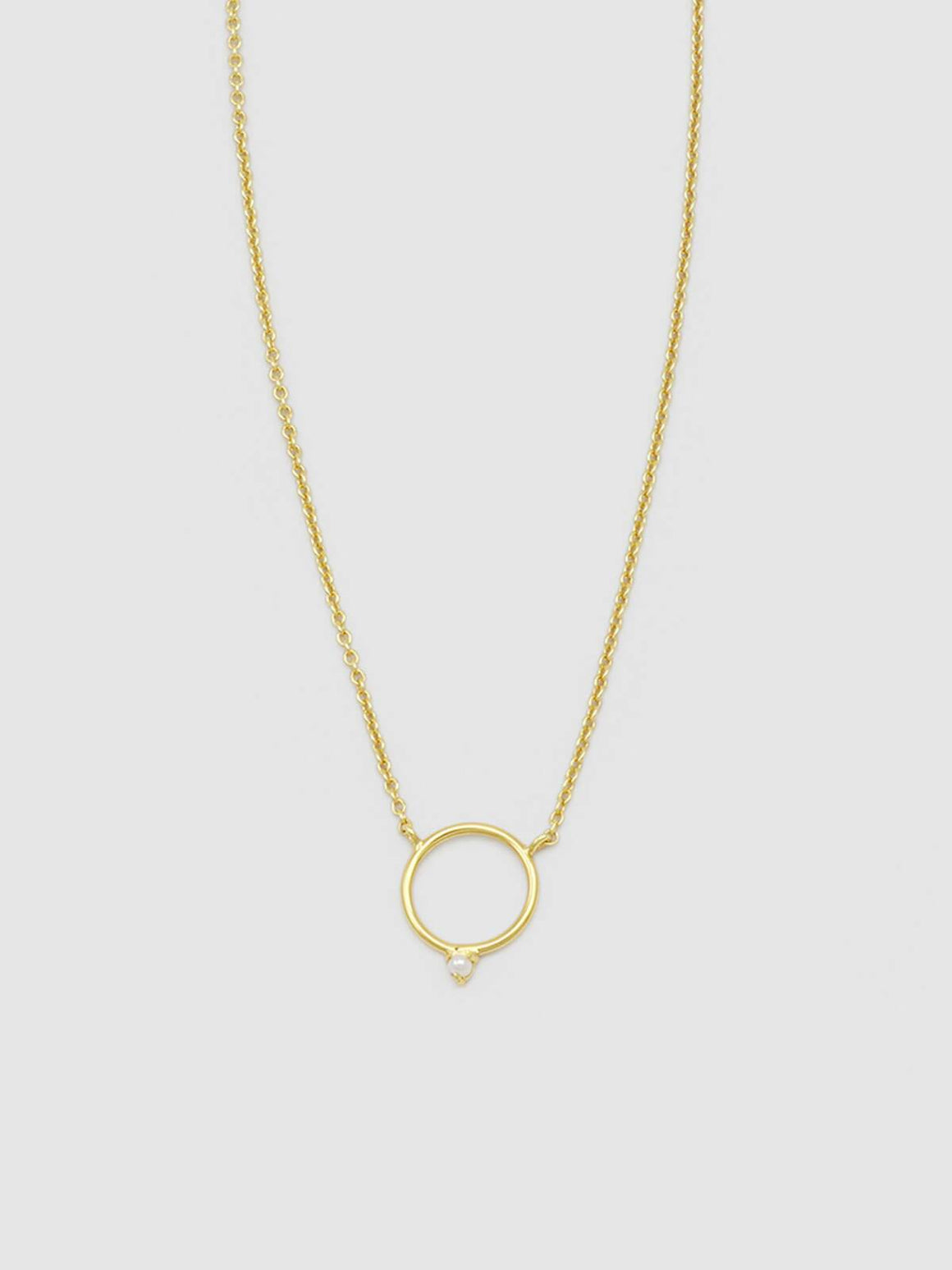 Jolie & Deen Circle and Pearl Necklace - Gold | Perlu
