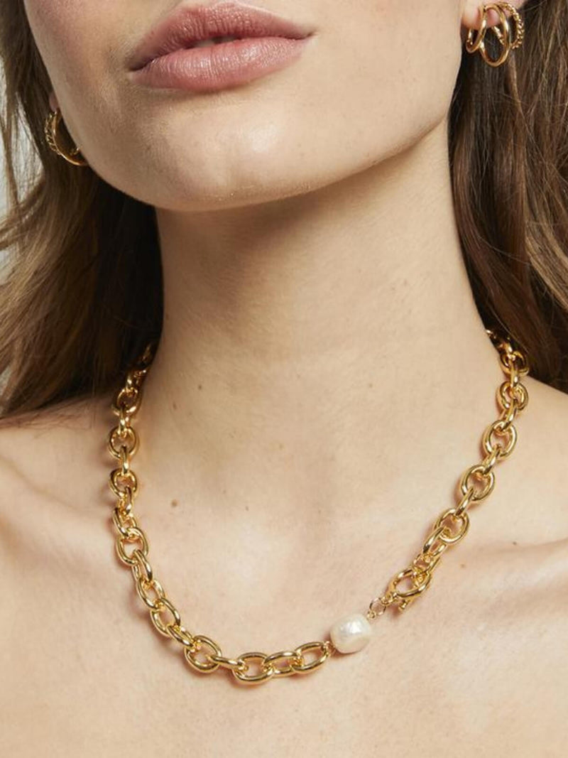 Jolie & Deen | Vivian Necklace - Gold | Perlu