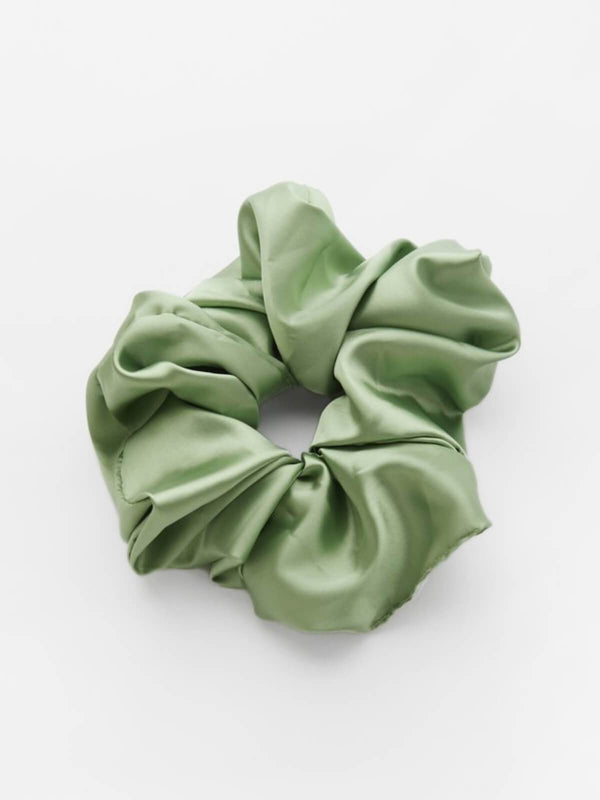 Valet Studio | Cindy Scrunchie - Green | Perlu