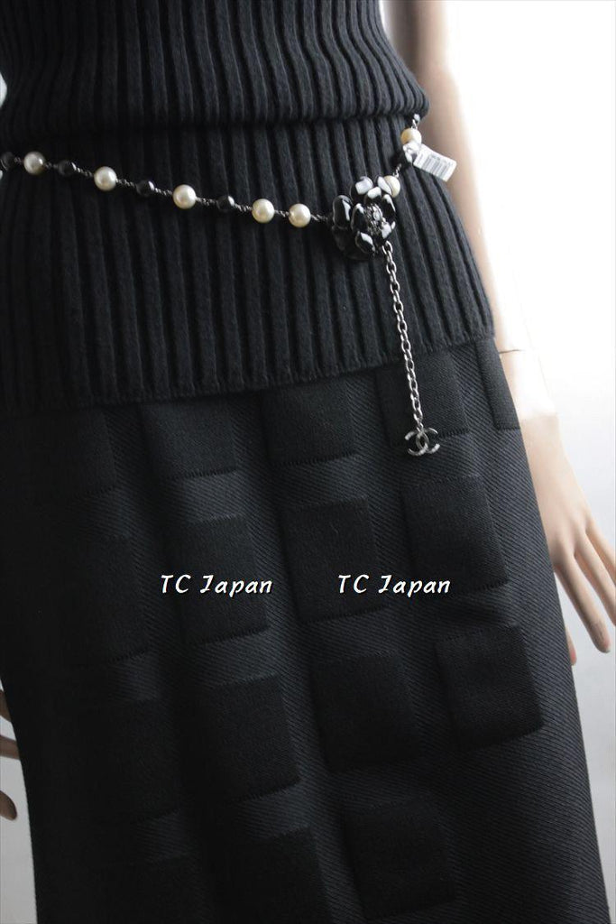 CHANEL 10A Black Silk Knit Cardigan Skirt New F38-40 シャネル ブラック・スカート - シャネル TC JAPAN