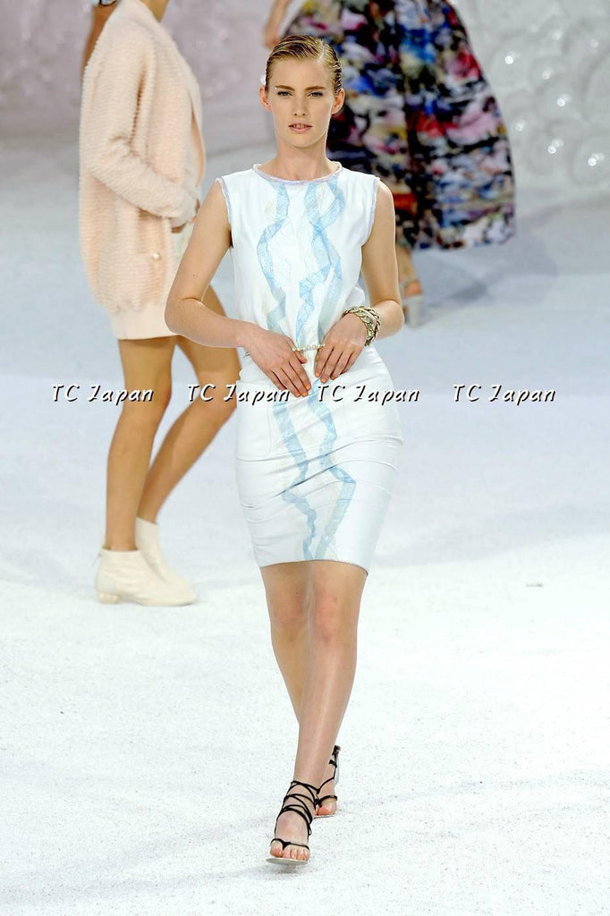 Chanel 12S leather white dress New with tag F40 シャネル ワンピース - シャネル TC JAPAN