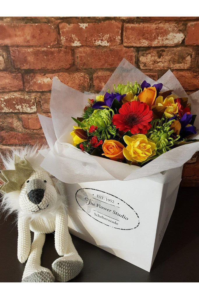 A Beautiful Bouquet of your Colour Choice Sent with Lancelot Lion Soft Toy