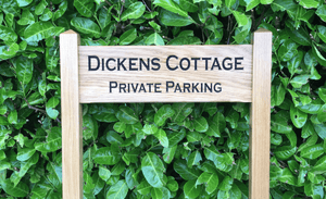 Dickens Cottage Inter-Medium ladder sign