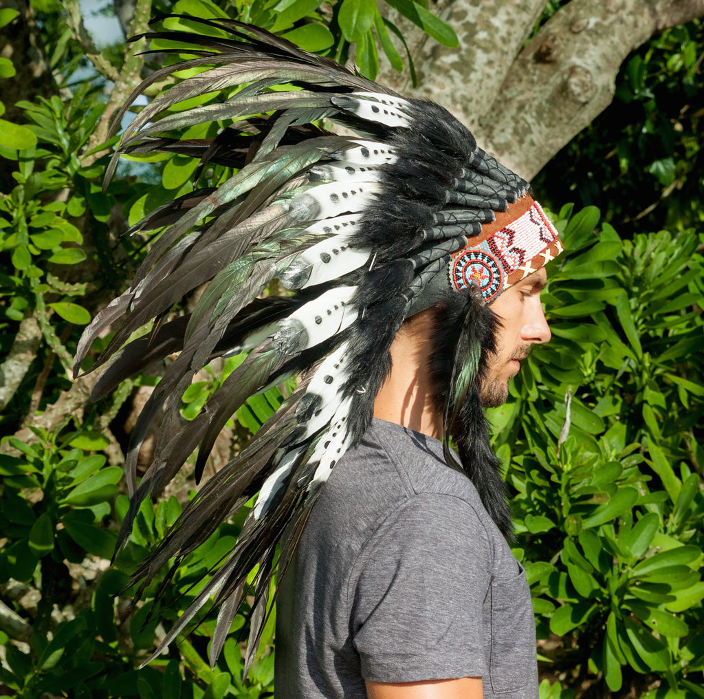 short black & white headdress with double feathers