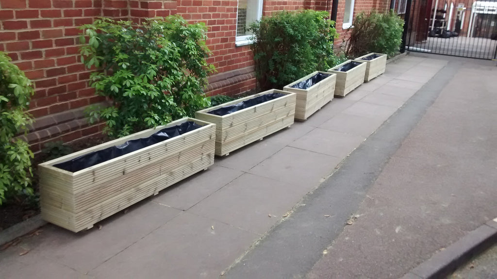 maker feed planters planter trough manic spruce