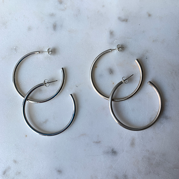 Gem Token Medium Thin Tube Hoops