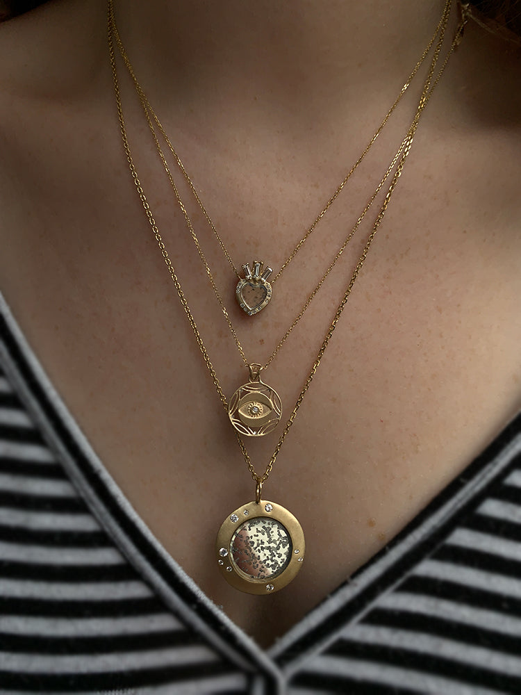 Darśana 14k Ginny Necklace modeled on a woman's neck