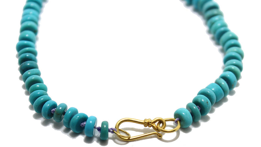 Gem Token 18k Hand-knotted Turquoise Necklace 18k gold clasp detail
